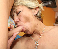 Momswithboys Tranny s1